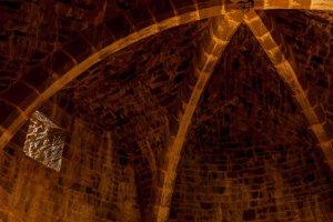 Guédelon: Gewölbe im Hauptturm