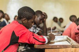 Ehemalige Straßenkinder erhalten bei der MCF eine gute Schulbildung.
